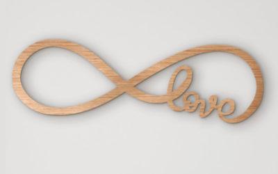 Love infinito de madera